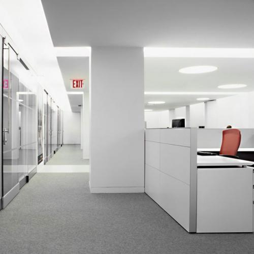 white office cubicles workstation